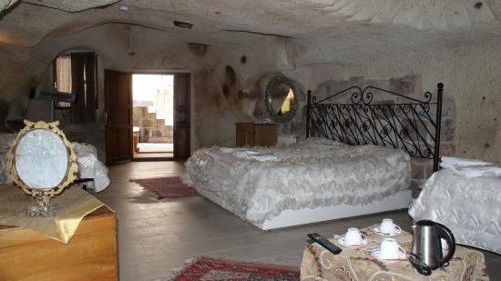 Cave Art Cappadocia : King Cave