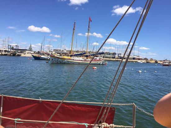 Bom Dia Boats: photo0.jpg
