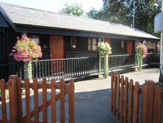 The White Horse at Hitcham: Bed and Breakfast Accommodation
