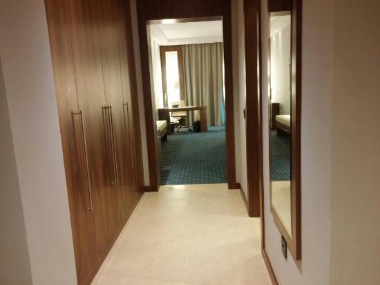 Chambres photo de royal tulip skikda skikda tripadvisor for Chambre de commerce skikda