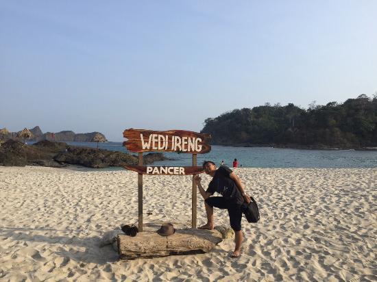 Wedi Ireng Beach