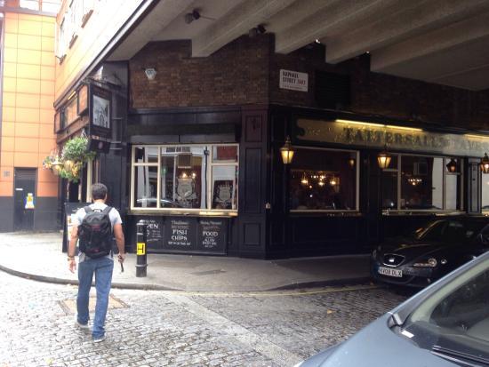 Tattersalls Tavern: photo0.jpg