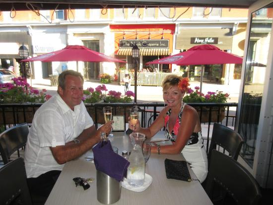 25 West Tap & Tapas : Celebrating our 35th Wedding Anniversary,  great service and awesome food !
