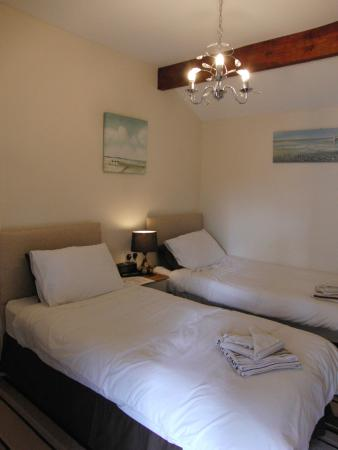 The White Horse at Hitcham: Twin Room