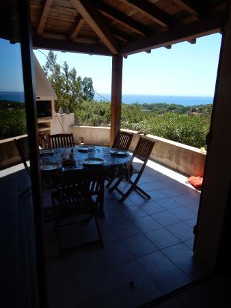 Les Terrasses de Scalegiu: terrasse appartement N°4 avec vue mer