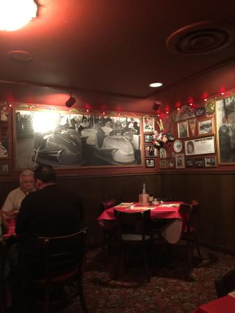 Buca Di Beppo Italian Restaurant Great Family I Came With My Wife And She
