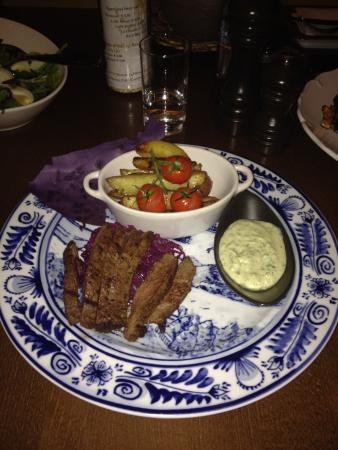 Oostvoorne, Pays-Bas : Restaurant Aan Zee