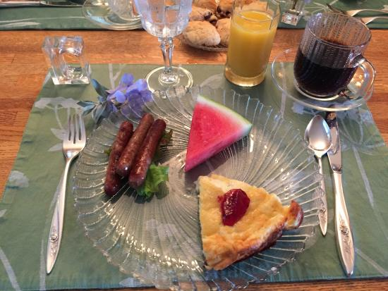 Port Wing, WI: Garden House B&B Gourmet Breakfast