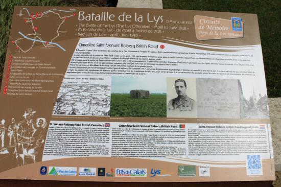 Entrada do Cemitério Britânico de Saint-Venant