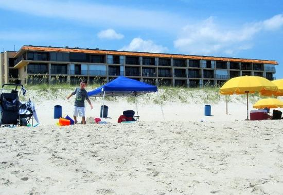 Cabana Suites: Life is better at the beach!