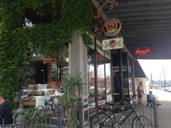 Gerst Bavarian Haus: Charming decor - nostalgic ambience inside and out.