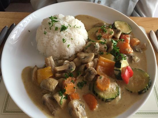 Pennan, UK: Restaurante muy agradable con buena comida.