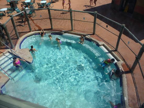 Inviting Hot Tub Picture Of Kalahari Waterparks Sandusky Tripadvisor