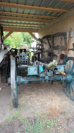 Alix, Canada: Cannon