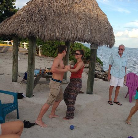 Royal Plum Club : beach salsa
