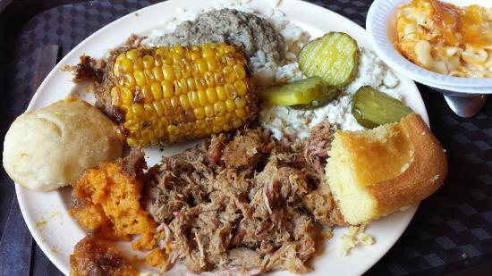 Latta, Carolina del Sud: BBQ buffet!