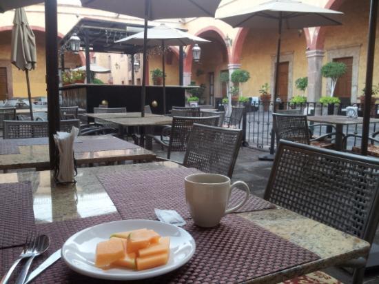 Hotel Quinta Santiago: Café da manhã