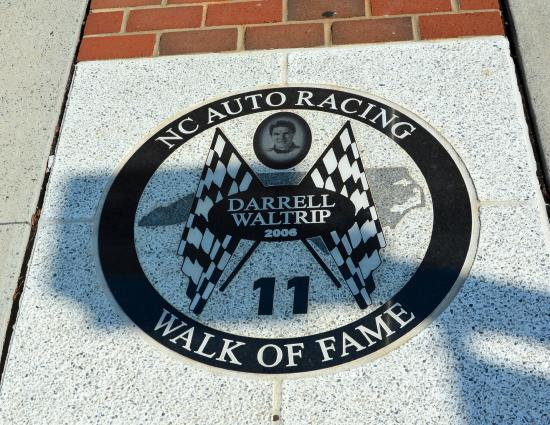 ‪NC Auto Racing Walk of Fame‬