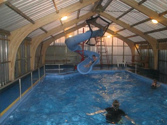 swimming pool area picture of christchurch top 10 holiday park christchurch tripadvisor