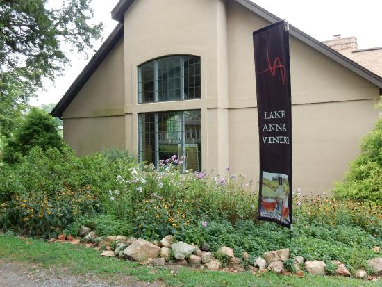 Lake Anna Winery