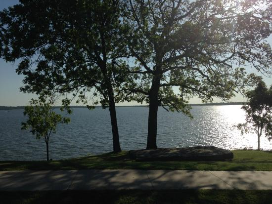 Hulbert, OK: view of the lake from lodge
