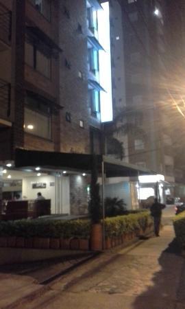 Hotel Porton Sabaneta: Exterior hotel