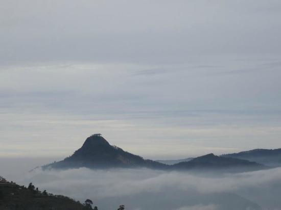 Kodaikanal, India: perumal peak from kodai
