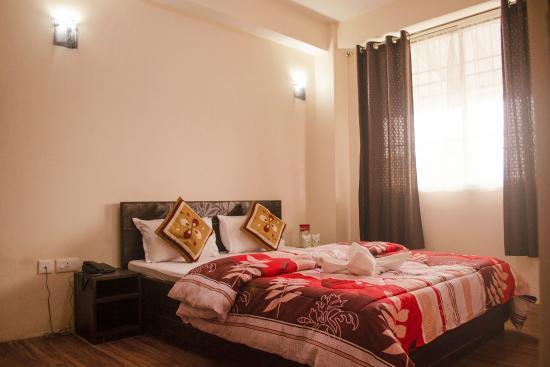 Hotel Lamaz Residency