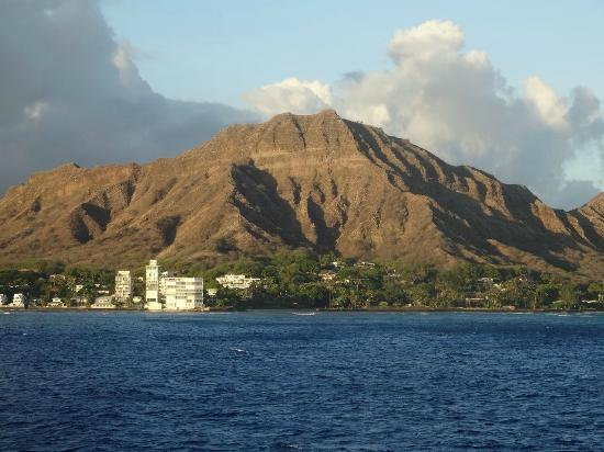 Star of Honolulu - Dinner and Whale Watch Cruises: ダイアモンドヘッド