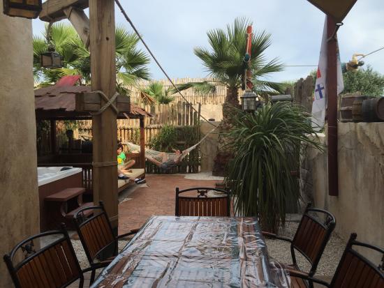 Jardin photo de hotel cap pirate cap d 39 agde tripadvisor for Cap d agde jardin
