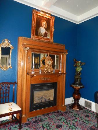 La Belle Epoque: Sitting room