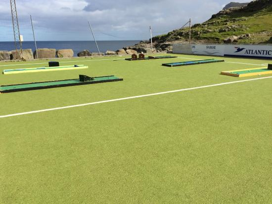Eidi, Faroe Islands: Minigolf.