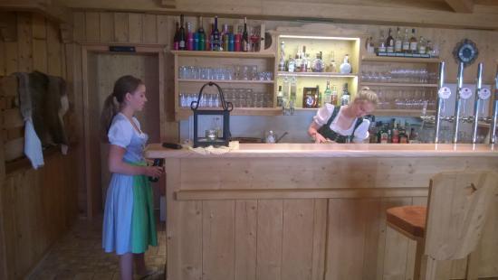 Hotel Lärchenhof: Bar/Bedienung.