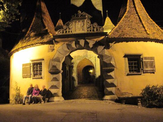 Zur Silbernen Kanne: Una porta di accesso al nucleo storico