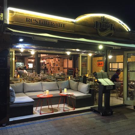 Le dock saint rapha l restaurant avis num ro de t l phone photos tripadvisor - Restaurants port santa lucia saint raphael ...