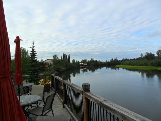 Fairbanks Princess Riverside Lodge: View of the Chena River