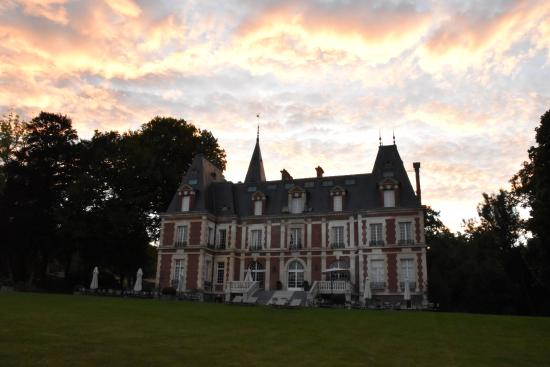 St-Denis-le-Thiboult, Frankrike: Belmesnil