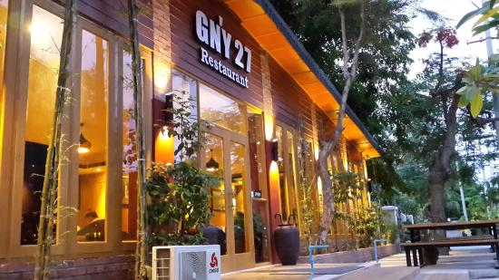 GN'Y 27 Bar & Restaurant