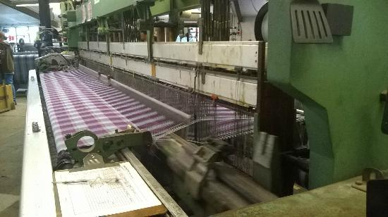 Melin Tregwynt Woolen Mill: The Italian looms at work