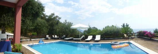 Kallisto Resort: Villa Pool