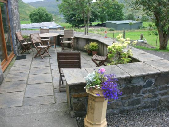 Argyll en Bute, UK: Patio seating.