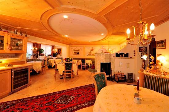 Garni Hotel Concordia: Frühstücksraum/sala di 1a colazione