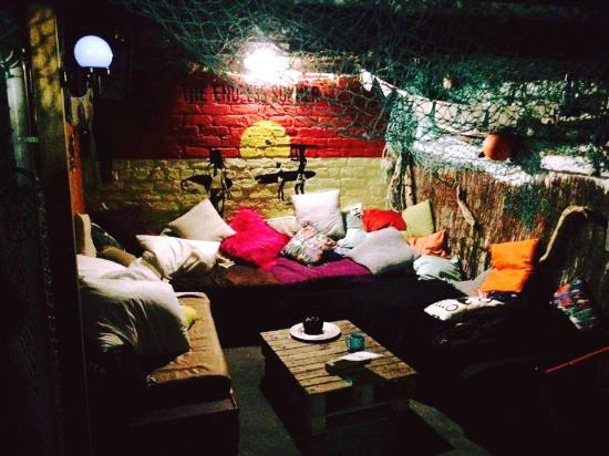 The Bunkroom: A small place behind kitchen - a comfy chilling place for a chat!