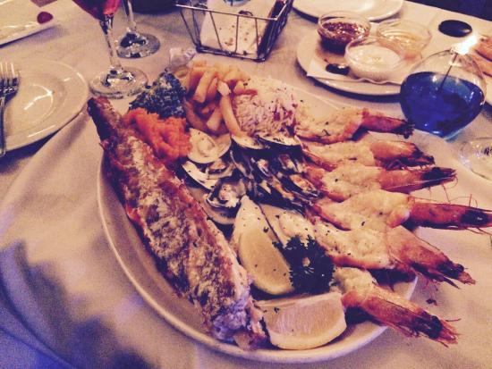 Ocean Blue: Create your own platter. Baby Kingklip, King prawns and garlic mussels