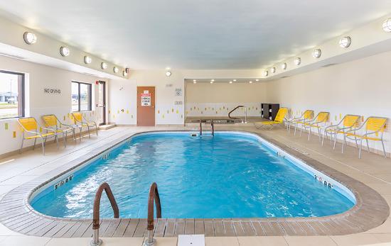 Fairfield Inn Muncie: Indoor Pool in Muncie