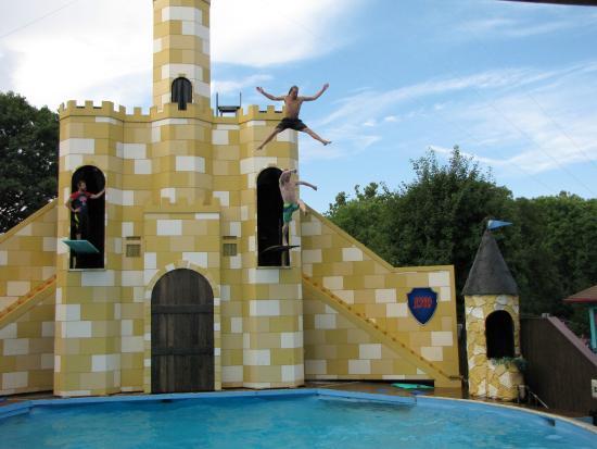 Dutch Wonderland: Free Style Diving!
