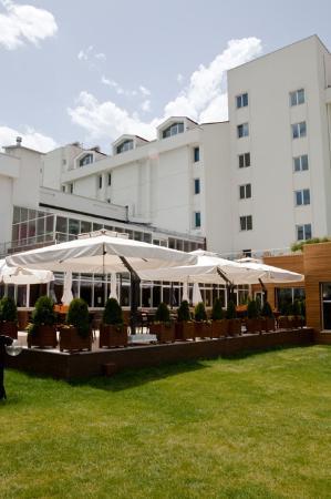 Akdeniz mutfagi turkish restaurant niversiteler mah for Akdeniz turkish cuisine