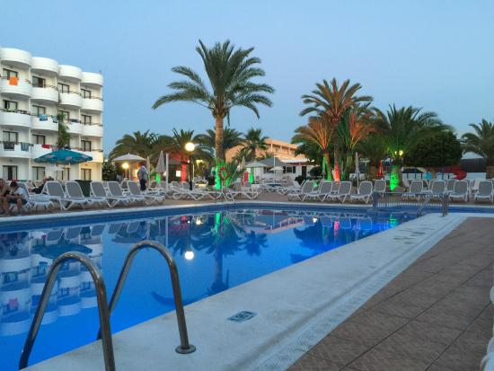 Zwembad Savonds Picture Of Coral Star Hotel Amp Apartments
