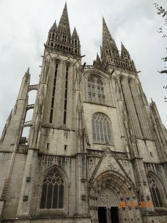 Abbaye Sainte-Croix : Exterieur