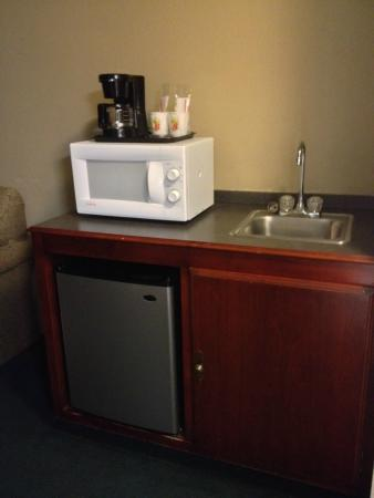 Calvert City, KY: Whirpool Suites Also have wetbar